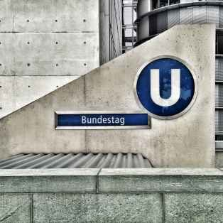 bundestag logo on cement wall